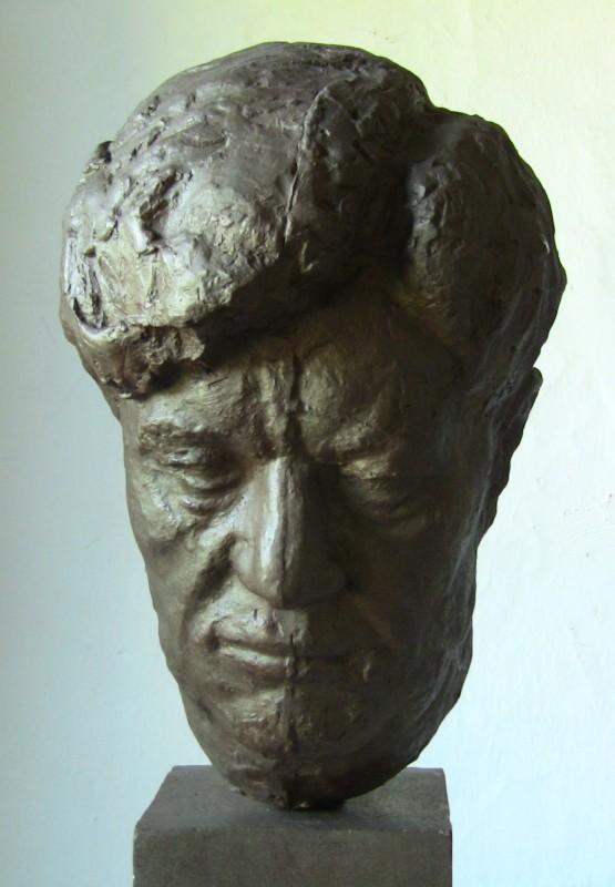 Husovo náměstí v Berouně – Václav Talich, portrét (bronz)